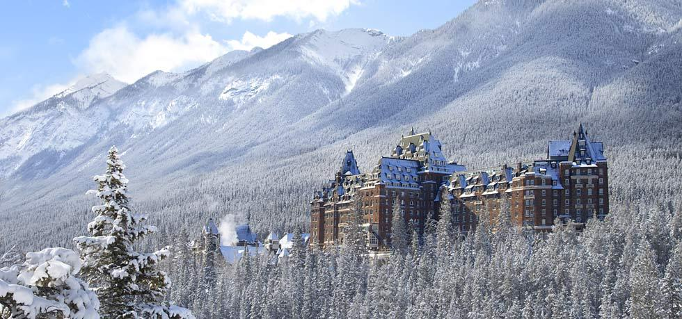 The incredible Fairmont Banff Springs, which totally reminds me of Harry Potter's Hogwarts with its spindling towers, castle-like architecture, and magical aura.