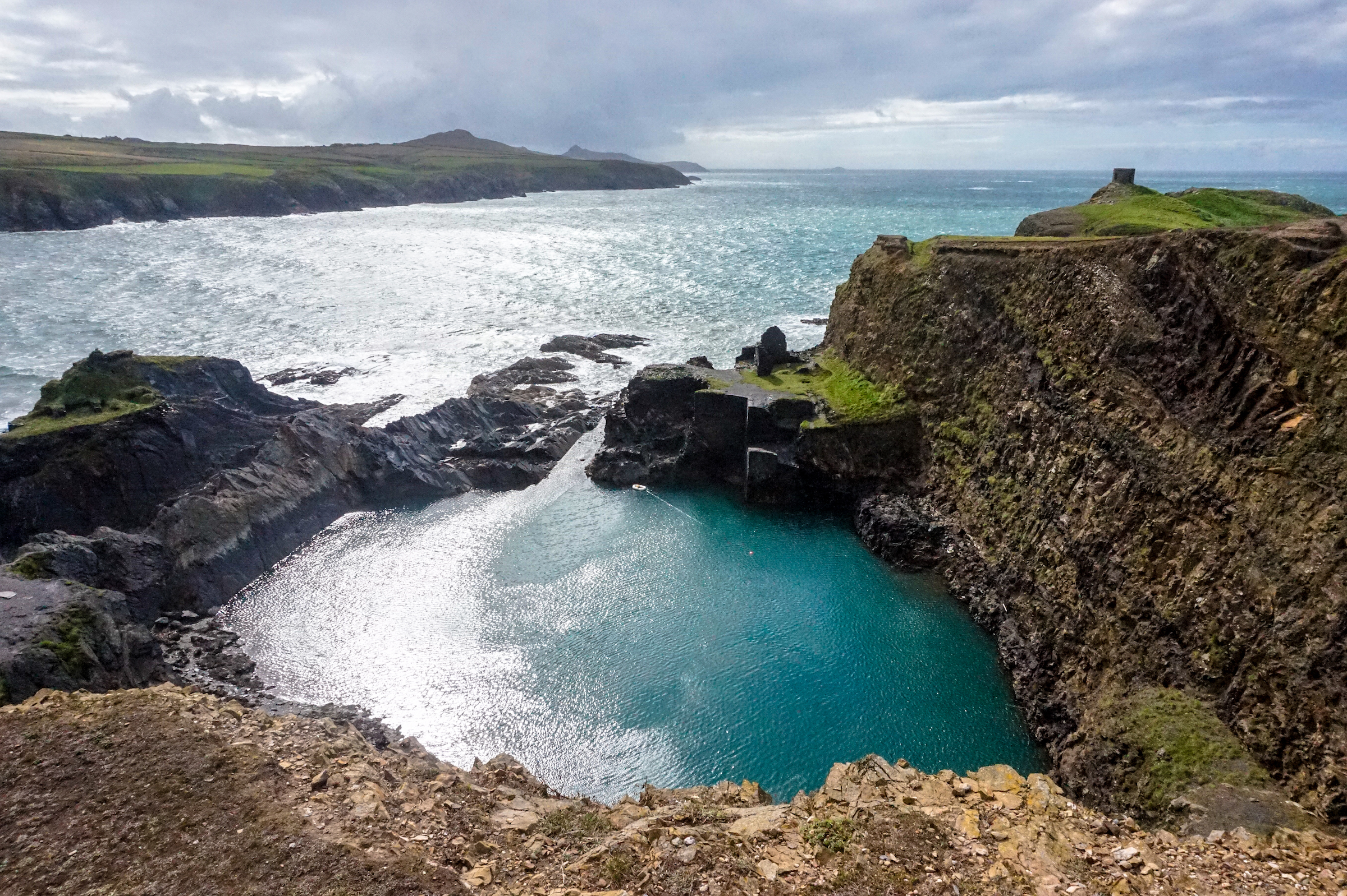 Pembrokeshire Coast & Blue Lagoon 2 • Road Trip Through Southern England and Wales | The Wanderful Me