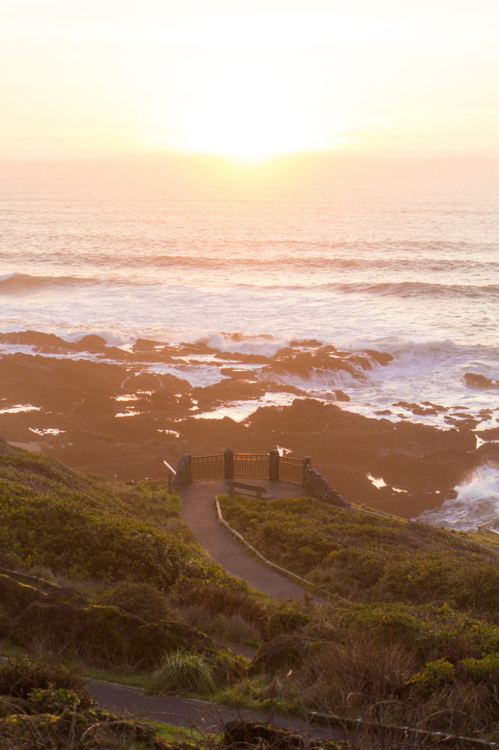 Sunset on the Coast •25 Photos to Spark Your Visit to the Oregon Coast | The Wanderful Me
