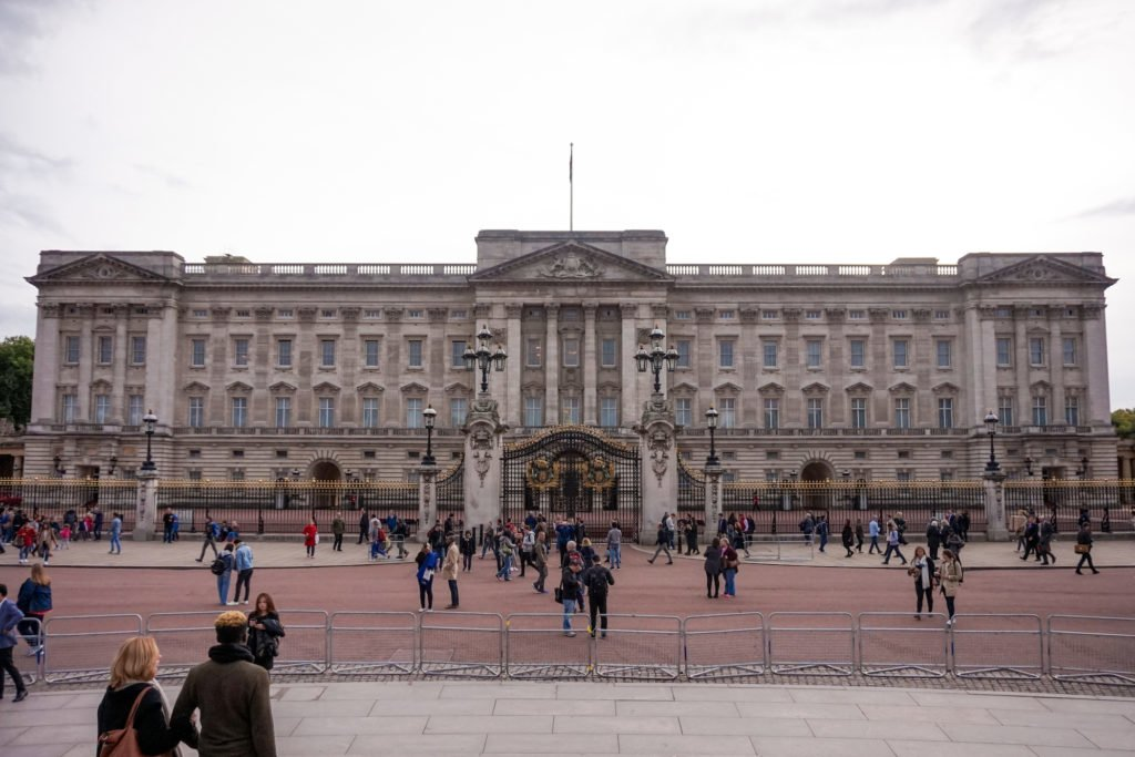 Buckingham Palace • The 20 Best Attractions and Sites to See in London