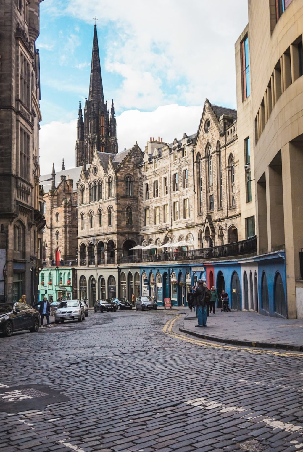 Streets of Edinburgh, Scotland • The 3 Best Free Tours in Edinburgh, Scotland | The Wanderful Me