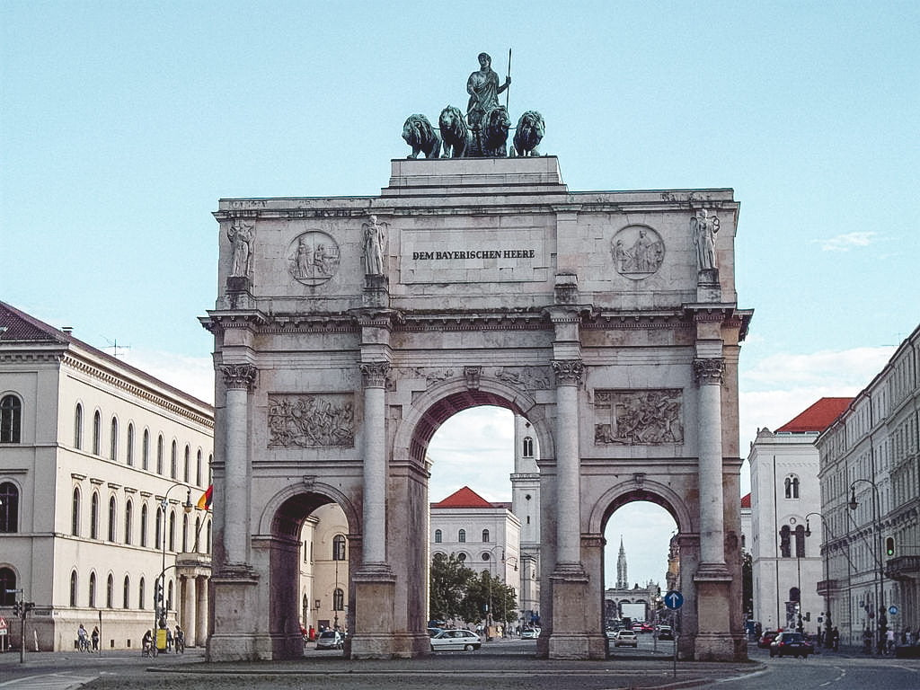 Siegestor • Best Attractions and Things to Do in Munich in One Day