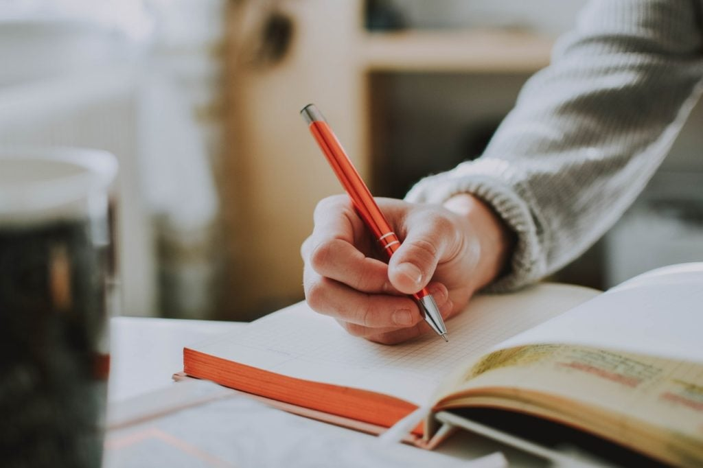 Taking up freelance writing can help fill your bank with ease while on the road.
