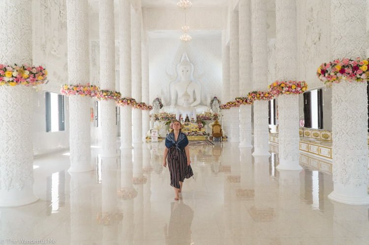 Breathable, flowy and airy jumpsuits or dresses are a great thing to wear in Thailand when visiting temples!